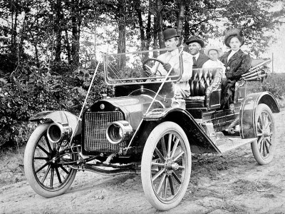 1912 Studebaker Garford